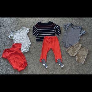 Boys Baby Gap Sweatshirt, bodysuit, & pant Lot